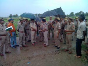 जालौन-आटा/ग्राम संधि में हुई घटना का जायजा लेने पहुंचे सपा जिलाध्यक्ष व दर्जनों कार्यकर्ता Soni News
