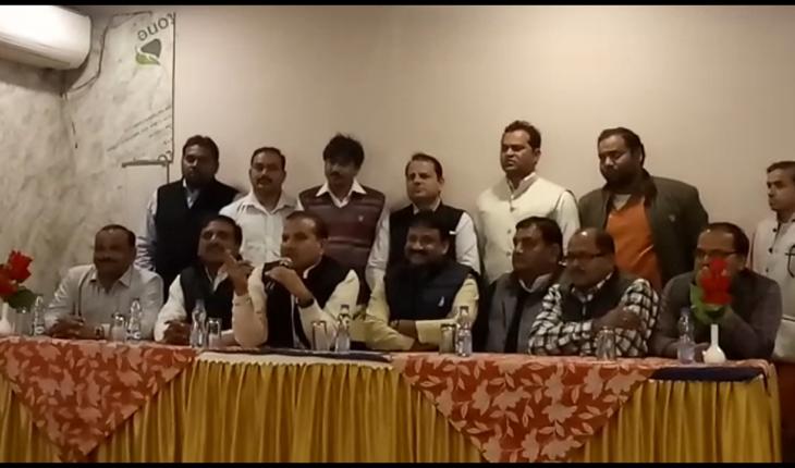 सपा चलाएगी तेजी के साथ सदस्यता अभियान - डॉ चन्द्रपाल सिंह यादव Soni News