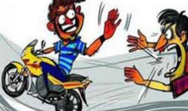 जालौन-उरई में एक बार फिर बाइक चोरों ने एक बाइक को बनाया अपना निशाना। Soni News